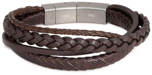 Lederarmband für Herren – von filigran bis rockig Neben breiten, groben Herrenarmbändern gibt ebenso auch Lederarmbänder aus schlichtem Leder, dünn geschnitten und fein verarbeitet. Diese zieren meist die Handgelenke des stilbewussten Businessmenschen (z.B. Armbänder von Diesel).